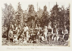 [PHOTOGRAPH ALBUM] Aborigines, Melbourne, Geelong, Fiji, New Caledonia, New ZealandCAIRE, Nicholas John (1837-1918) et al.# 7162