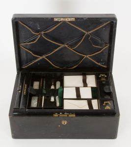 Travelling writing case belonging to Ernst August, Crown Prince of Hanover