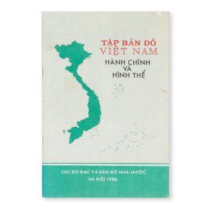 # 15498  [Administrative atlas of Vietnam]. Tập bản đồ Việt Nam. Hành chính và hình thể.